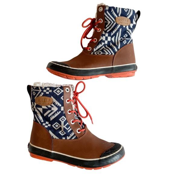 KEEN Elsa Navy Aztec Tribal Print Boots Size 7